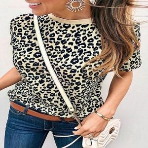 Tops - Pretty Leopard Printed Top- NEW!